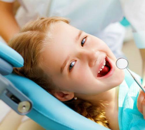 Dentista para niños en Antequera y Mollina - Clínica Dental Bucoral