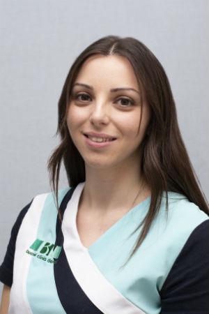 dentista-auxiliar-cristina-odontologa-antequera-mollina